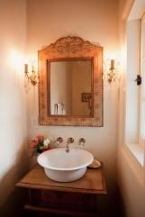 bathroom-sink-bowl-old-fashioned