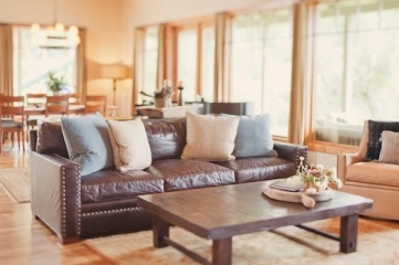 comfortable-country-modern-couch