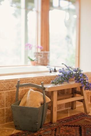 country-bathroom-tub