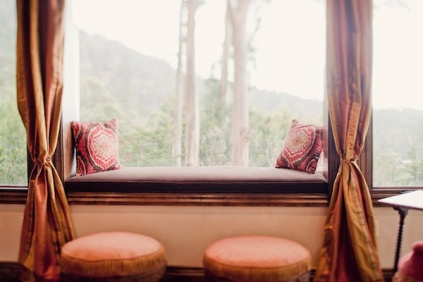 elegant-window-seat