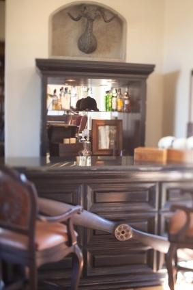 equestrian-bar