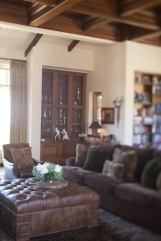 equestrian-living-room