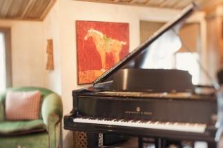 piano-green-chair