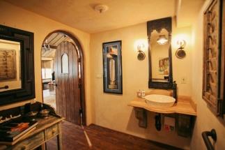 rockstar-bathroom