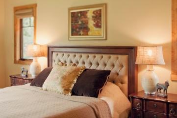 rustic-bedroom-retreat