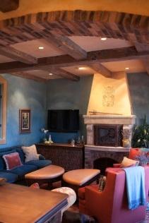 turquiose-living-room